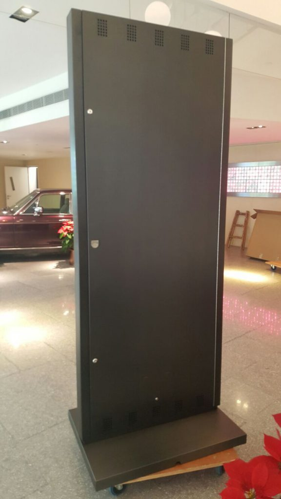 Kiosk Setup and Installation - IMG 1274
