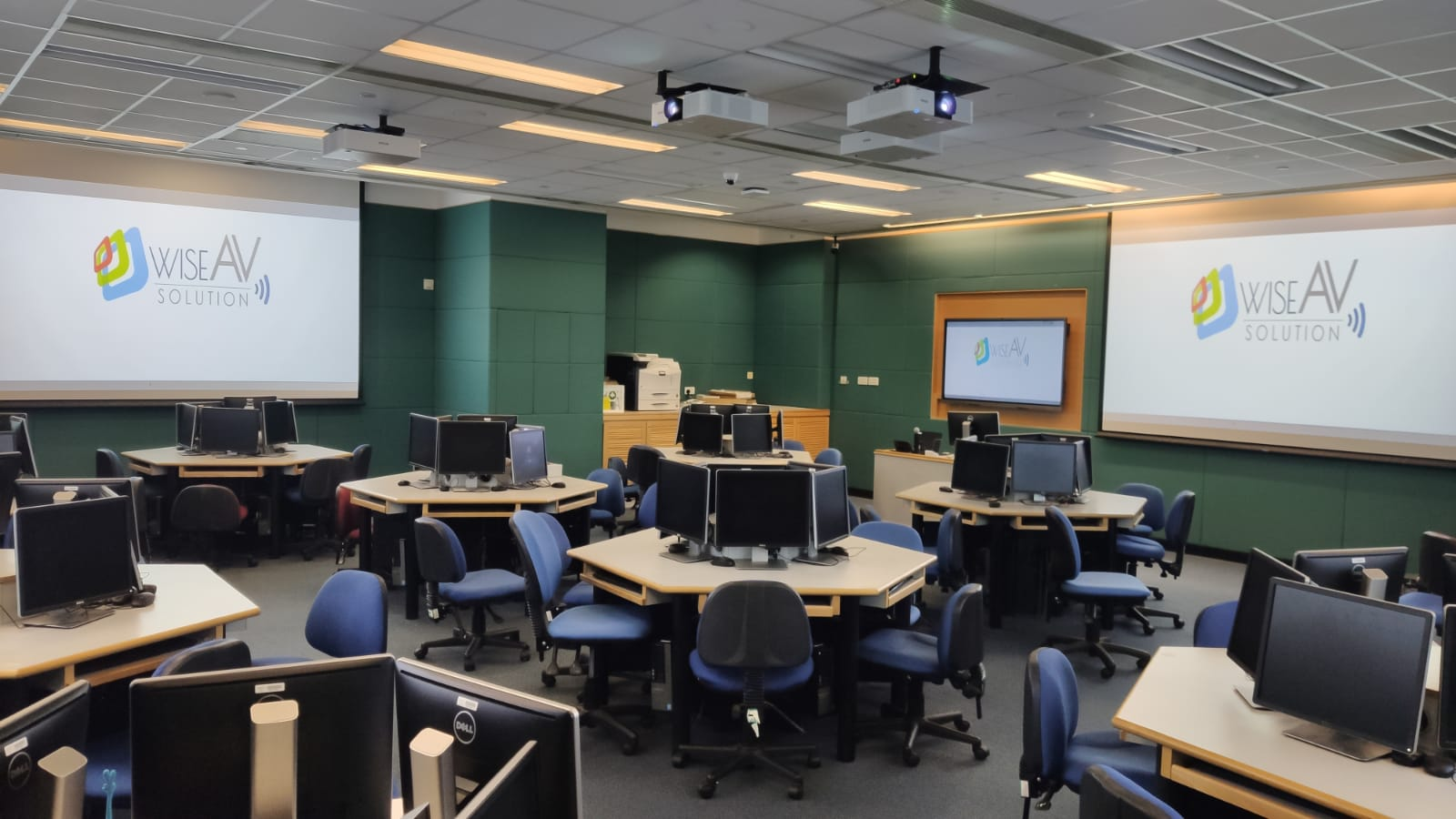 Multi-Media Learning Room for 50 People - WhatsApp Image 2021 03 25 at 17.54.24